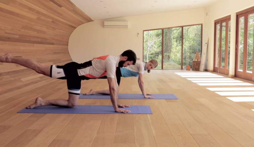 5 ασκήσεις που θα βελτιώσουν την ισορροπία μας