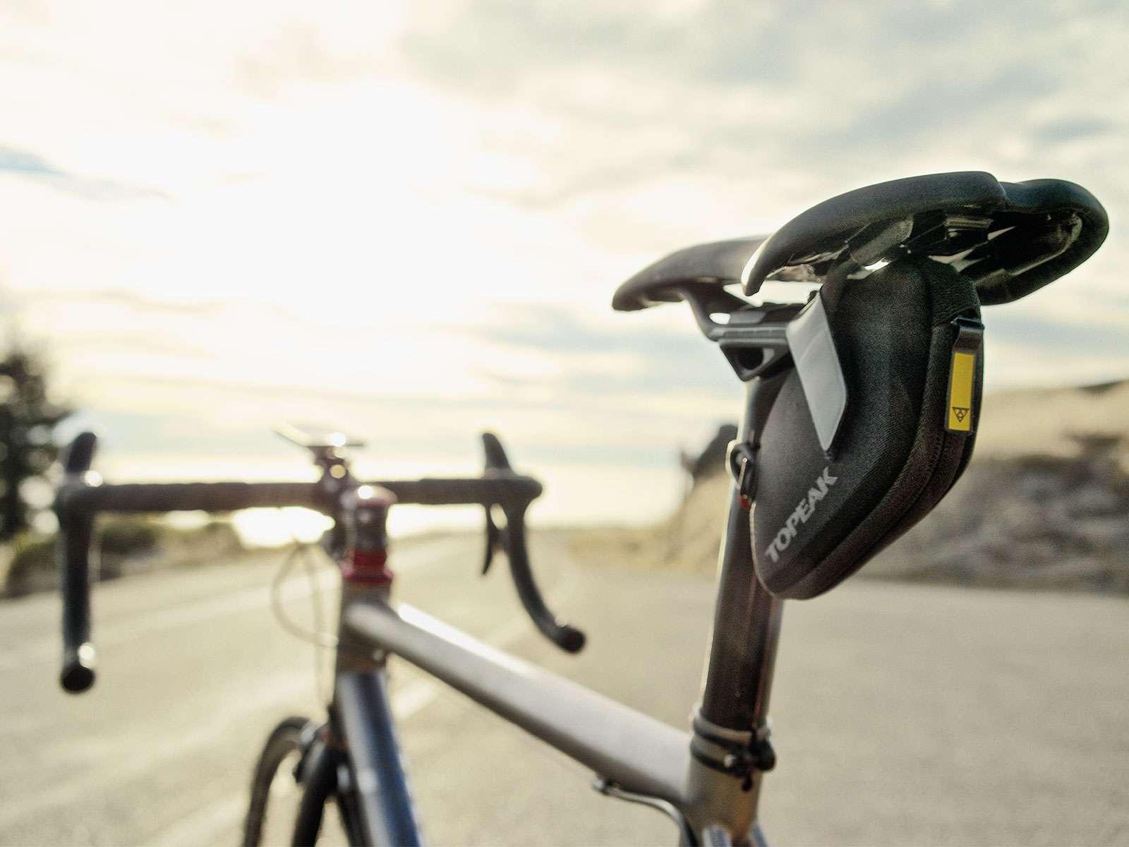 Ποδηλατική επιβίωση ΙΙ – Τσαντάκι σέλας