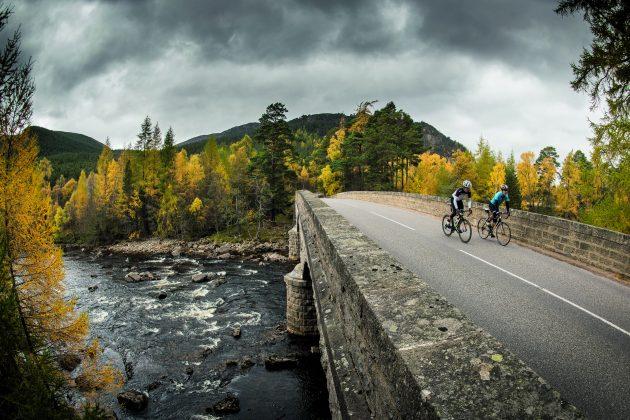 Ποδηλατώντας το φθινόπωρο – Παραμένοντας ενεργοί