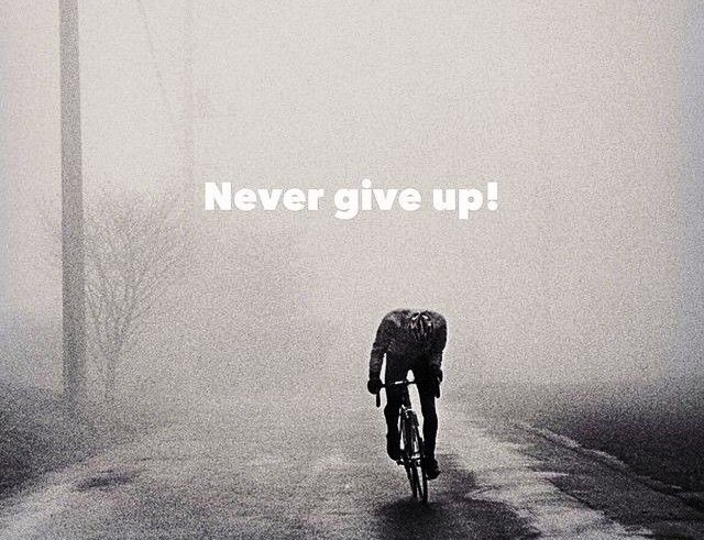 Never give up - Βίντεο