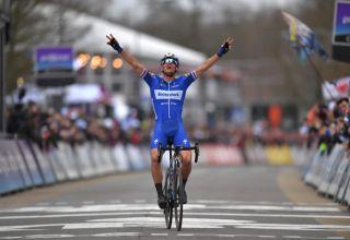 Ο Zdenek Štybar φέρνει τη νίκη στο Omloop Het Nieuwsblad