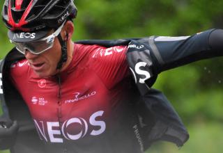 O Chris Froome χάνει το Tour de France μετά από σοβαρό τραυματισμό