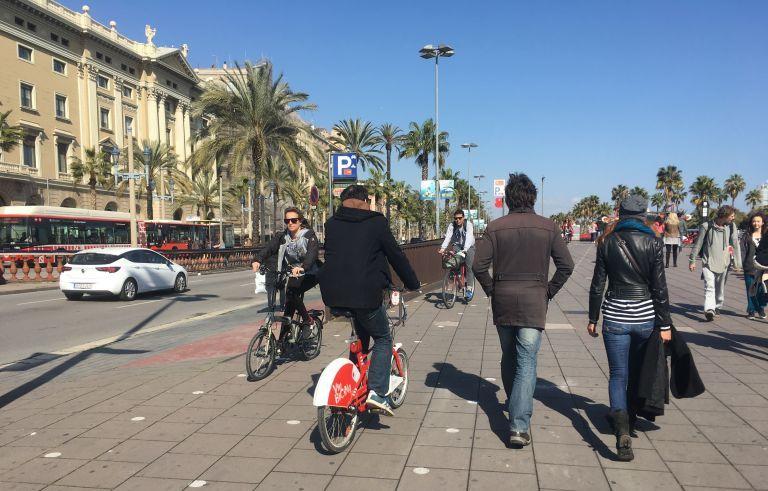 Καμία ελληνική μεγαλούπολη δεν είναι φιλική για τα ποδήλατα
