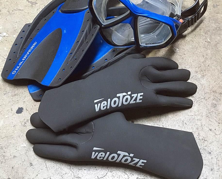 Αδιάβροχα γάντια και καλύμματα VeloToze - Δοκιμή