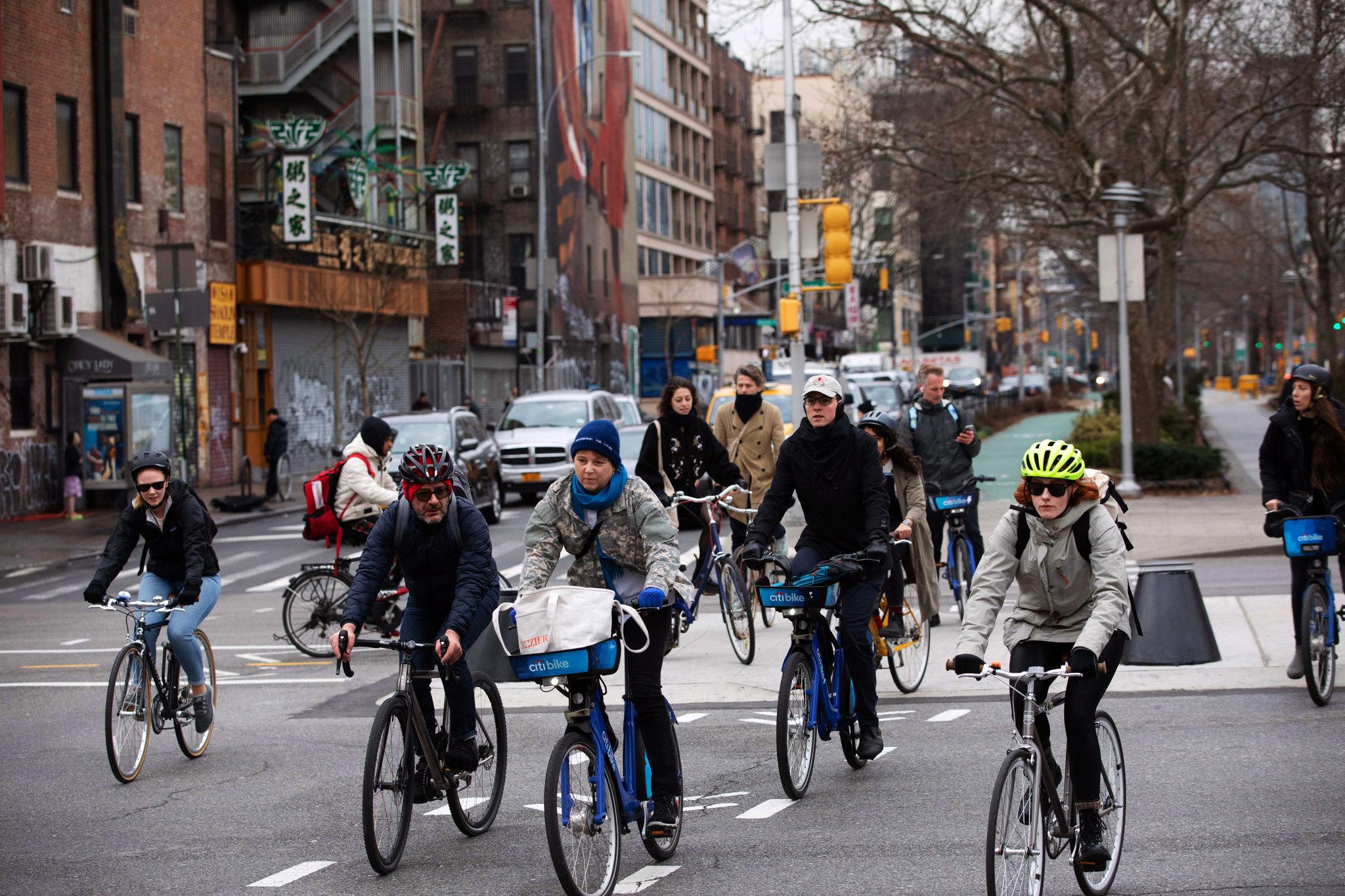 Ποδηλασία κατά τη διάρκεια της πανδημίας, αλλά με ασφάλεια για τους υπόλοιπους