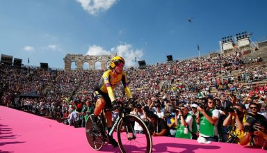 Οι Primož Roglič και Jakob Fuglsang στο εικονικό Giro d'Italia