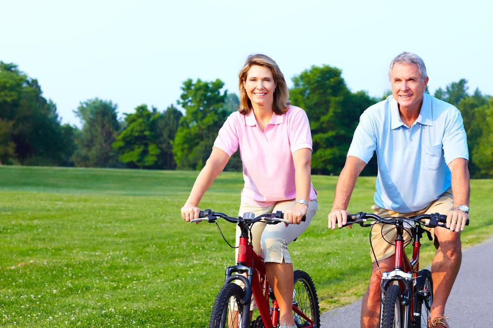 Ποδηλάτες 3ης ηλικίας με ανοσοποιητικό σύστημα ενός 20άρη