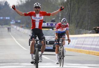 Tour of Flanders 2021- Ο Kasper Asgreen κερδίζει τον Mathieu van der Poel