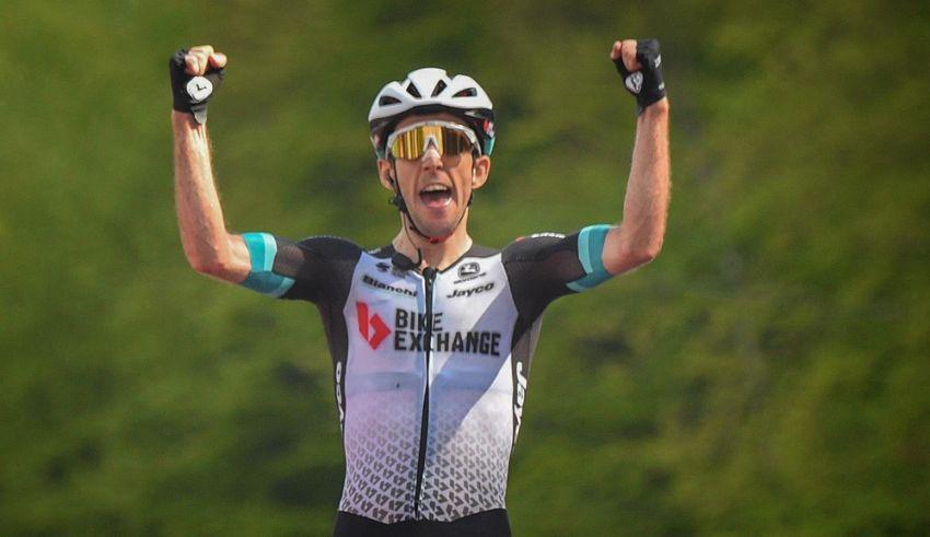 19ο εταπ – Ο Simon Yates κερδίζει χρόνο στο Alpe di Mera