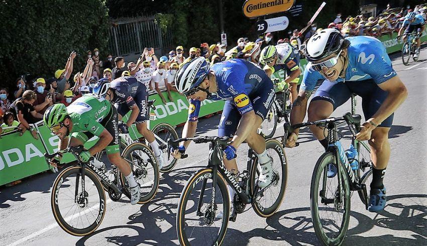 13ο εταπ – Ο Cavendish ισοφαρίζει τον Eddy Merckx